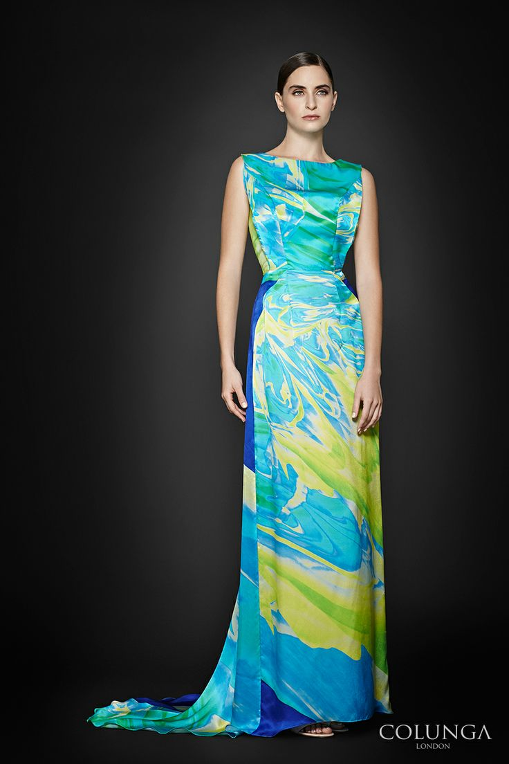 Margaret de Anjou. Gown of pure silk and silk chiffon.
