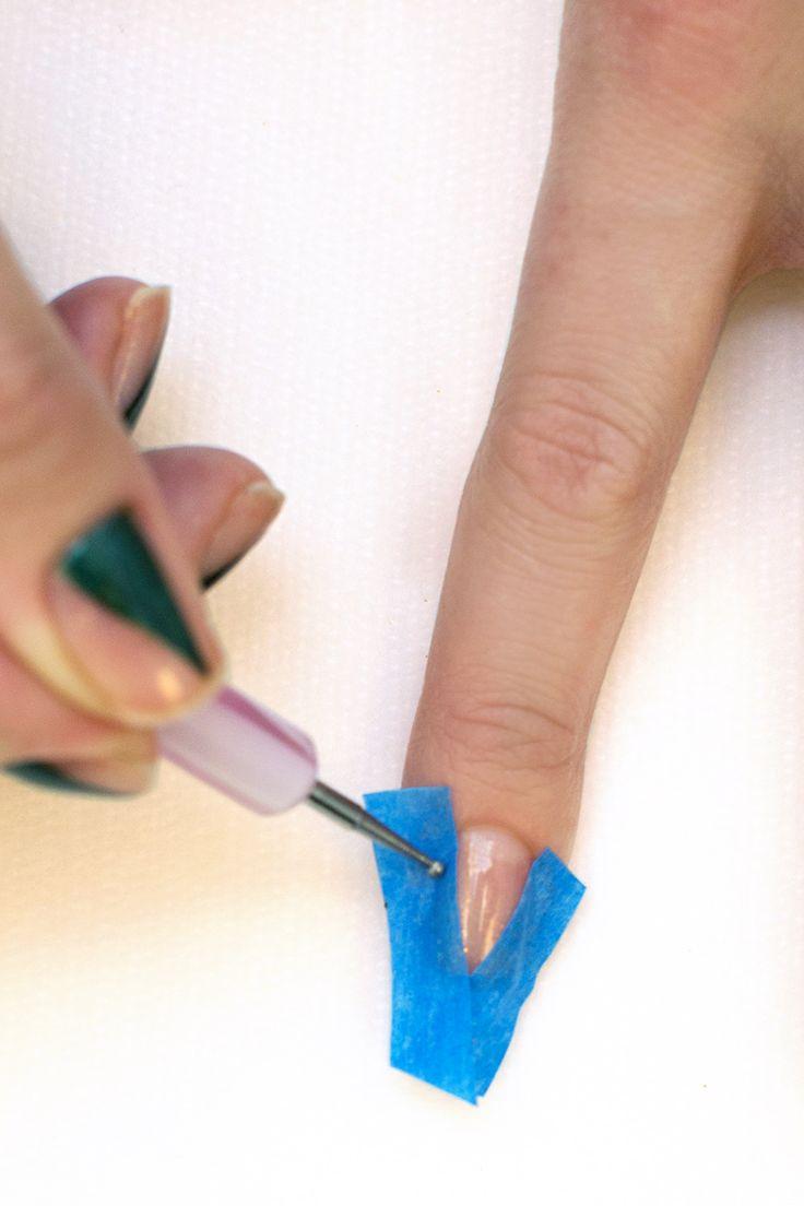 3 Holiday Nail Art - Chic Nail Art For Winter - Elle