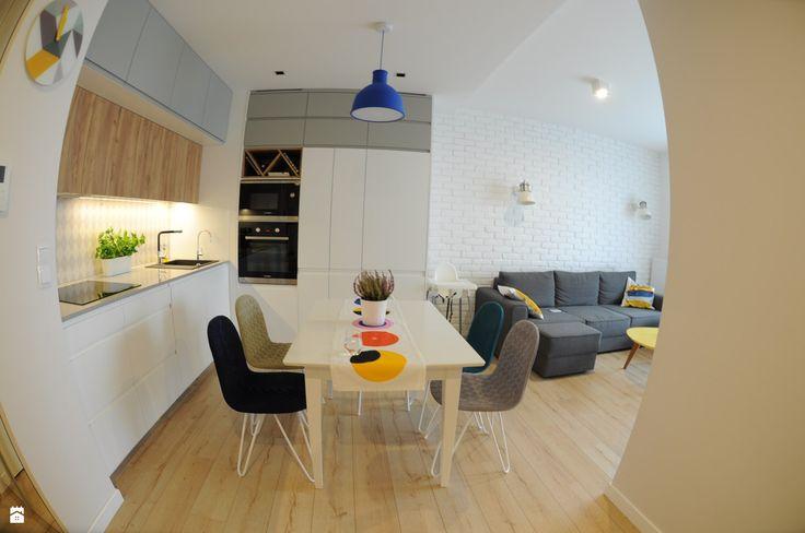 Jadalnia w centrum - zdjęcie od Dizajnia art - studio projektowe - Jadalnia - Styl Skandynawski - Dizajnia art - studio projektowe