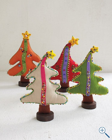 Standing Pillow TreesChristmas Crafts, Christmas Cookies, Whimsical Christmas, Pillows Trees, Christmas Decor, Felt Trees, Holiday Decor, Christmas Ideas, Christmas Trees