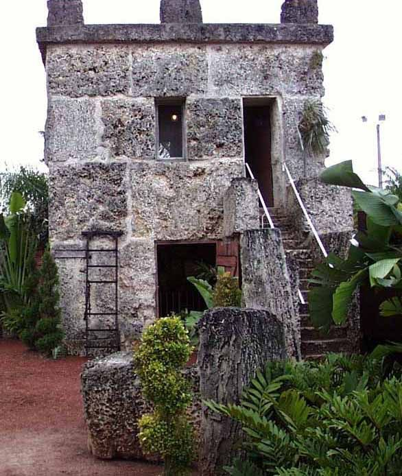 Coral Castle - Crystalinks