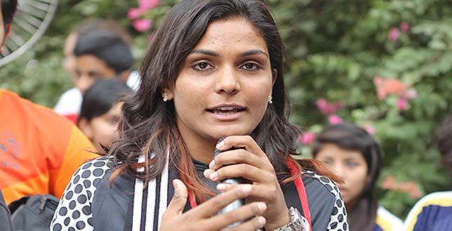 DELHI'S ADITI ASIAN WOMAN FOOTBALLER OF YEAR IN ENGLAND..... See More http://goo.gl/PNQ4za