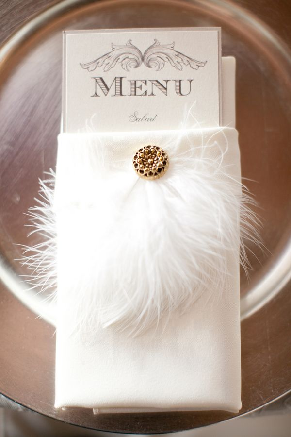 Vintage wedding idea - feather brooch on place setting | photography by http://lovejanetphoto.com/