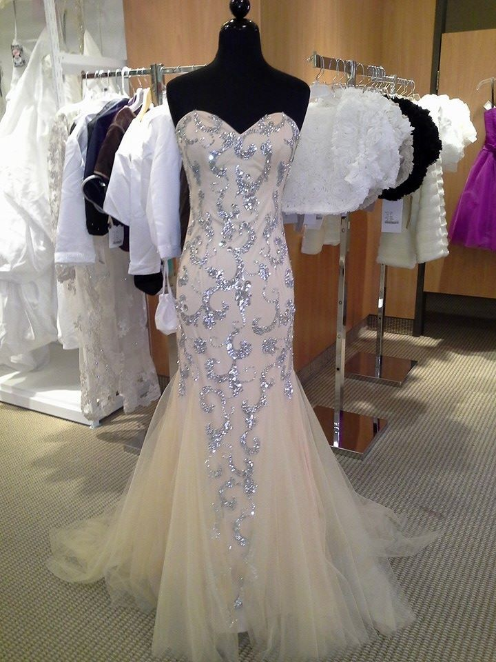 18 best images about local businesses to visit in for Knoxville wedding dress shops