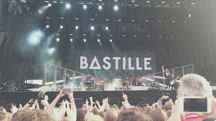 bastille concert photos