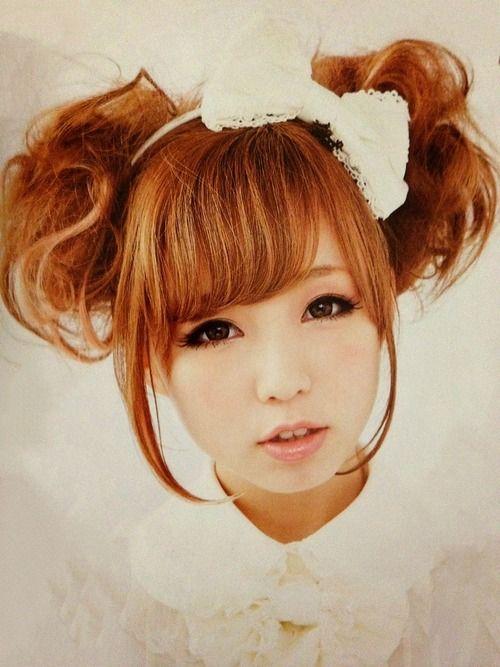 Classic Lolita love this hair!