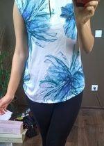 Bluzka MOHITO, niebieskie kwiaty rozmiar M