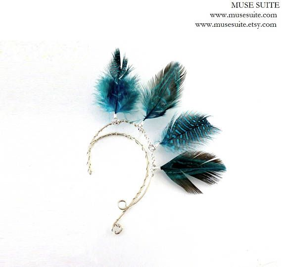 Pendientes de plumas naturales tipo puño de oído FEATHER  EAR CUFFS.   MUSE SUITE www.musesuite.etsy.com  #earcuff #earucffs #ear #cuff #cuffs #feather #fathers #pluma #plumas #boho #bohemian #bohemio #hippie #hippy #gyspy #pendientes #earrings #tork #elfo #elf #elfa #elven #elvish #elfen #elves #elfique