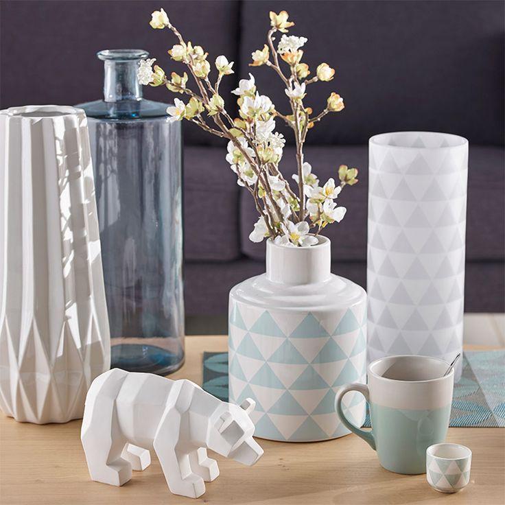 Les 25 meilleures id es de la cat gorie vase maison du for Deco scandinave rose