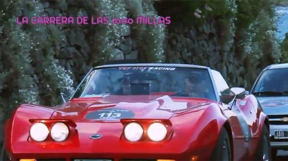 En este env�o, Iv�n De Pineda desde Esquel te muestra la famosa carrera de las 1.000 millas que se realiza con autos antiguos de colecci�n. Muchos de ellos pertenecen a museos que luego de correr, deben volver para ser exhibidos.�