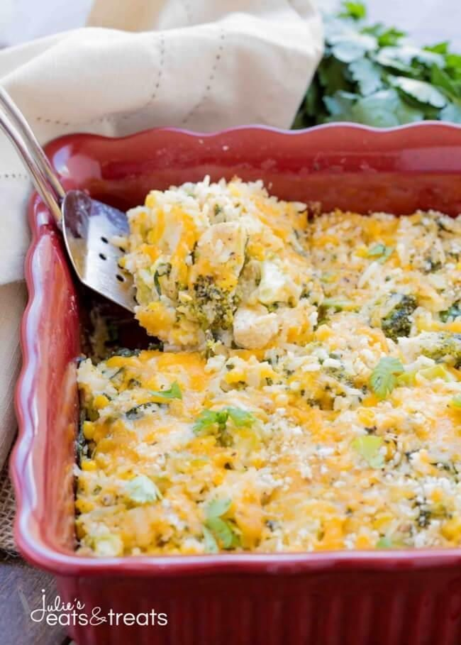 Sour Cream Chicken And Rice Casserole With Images Chicken Rice Casserole Chicken Rice Casserole Recipes Cheesy Chicken Rice