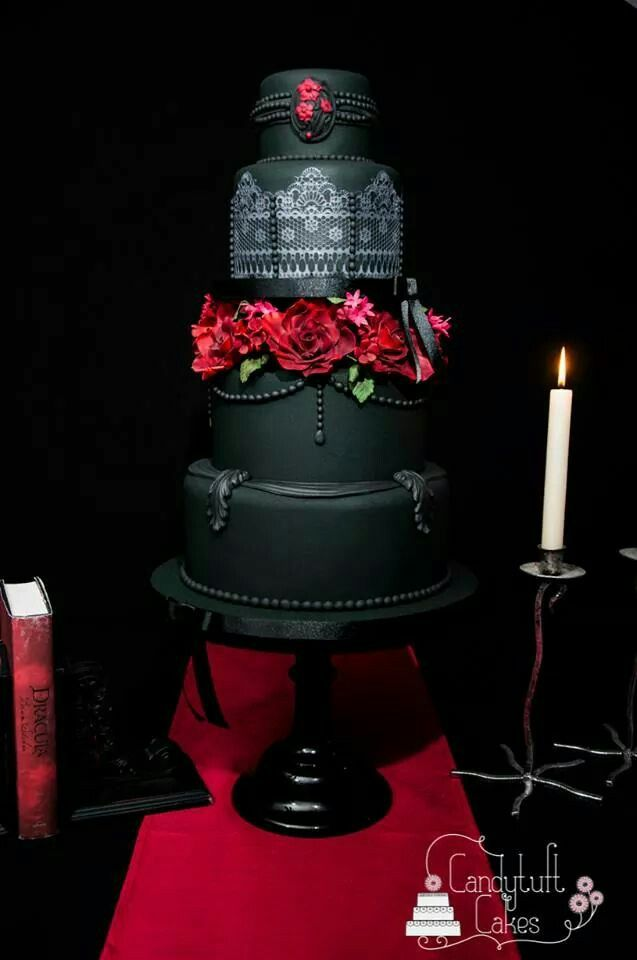 Gothic wedding cake by Candytuft Cakes