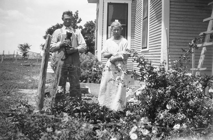 Been watching Ken Burns' film about the Dust Bowl. Spotted a number of OTCs in the stills, including these guys. Image: Will and Caroline Henderson, Texas County, Oklahoma. 1920s. Eleanor Grandstaff...