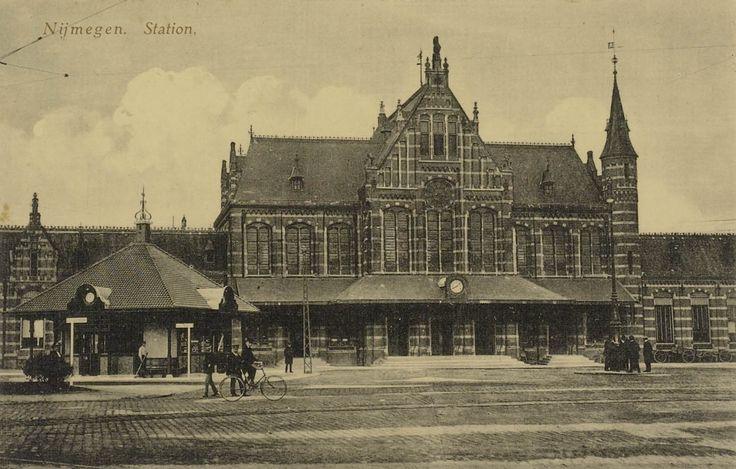 Nijmegen Station Straatzijde