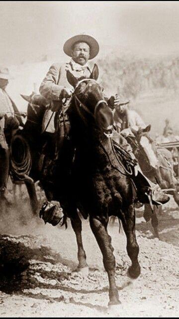 Pancho Villa, entrando a Torreón.