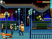 Fight against baddies in this street fighter-like game.