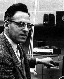 """Frederick (Fred) Reines (Paterson (New Jersey), 16 maart 1918 – Orange (Californië), 26 augustus 1998) was een Amerikaans natuurkundige die in 1995 de Nobelprijs voor de Natuurkunde kreeg vanwege """"Experimenteel pioniersonderzoek naar leptonfysica"""" en specifiek voor """"de detectie van het neutrino."""" De andere helft van de prijs werd gewonnen door Martin Lewis Perl."""