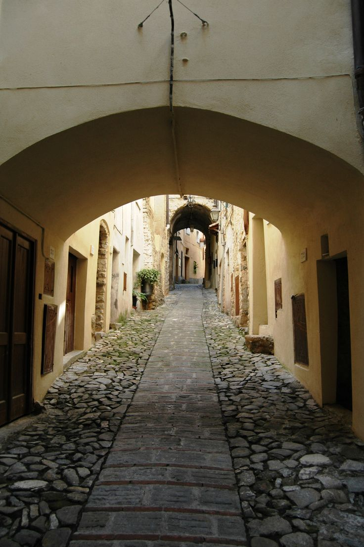 Vallebona (IM), centro storico