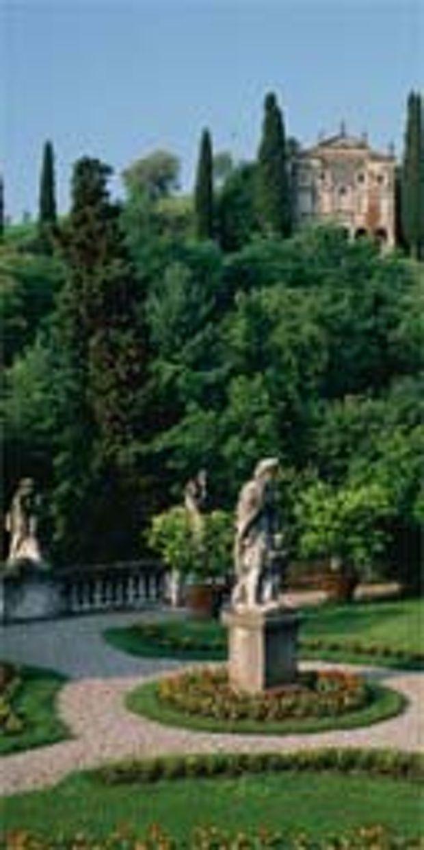 Italy: Asolo gardens