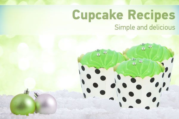 Christmas Cup Cakes - Throughout our Movie World White Christmas celebrations we will be sharing some of our favourite simple recipes. Download the PDF to find out how to make these simple and delicious cakes!