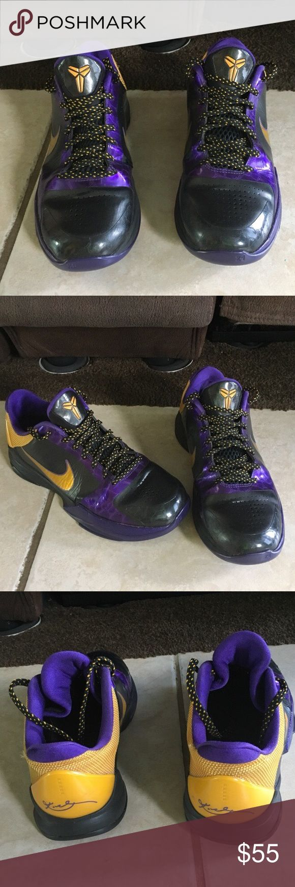 Nike kobe basketball shoes KOBE BRYANT 6.5Y BBALL SHOES.  ONLY WORN TWICE Nike Shoes Athletic Shoes