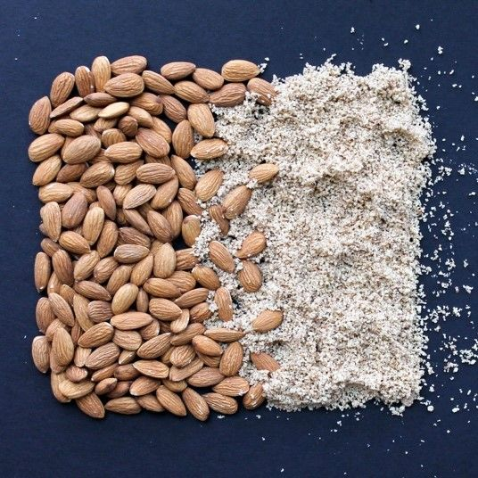 How to make almond flour at home