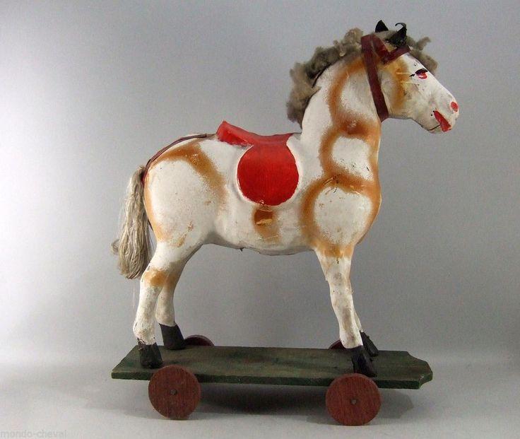 cheval sur roulettes en carton bouilli ancien 36 cm. Black Bedroom Furniture Sets. Home Design Ideas