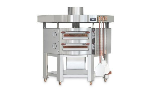 The Evolution Oven fits perfectly in the corner of any kitchen, built with energy-efficiency by the worlds most innovative electric deck oven manufacturer.