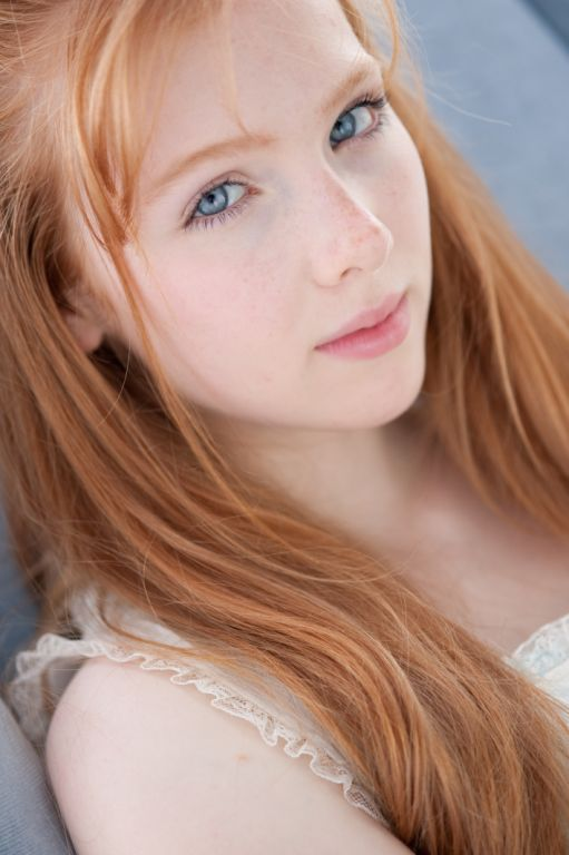Molly C. Quinn on IMDb: Movies, TV, Celebs, and more... - Photo Gallery - IMDb
