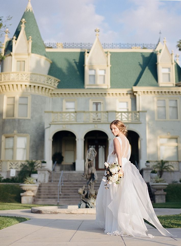 Graceful And Elegant Wedding Inspiration At The Kimberly Crest House Gardens