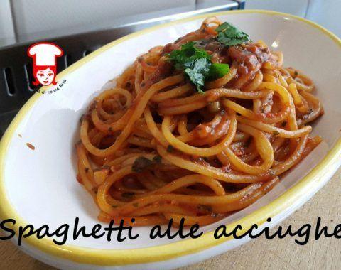 Spaghetti alle acciughe assolutamente da provare!