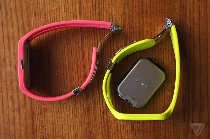 Sony joins the Android Wear ranks with underwhelming SmartWatch 3