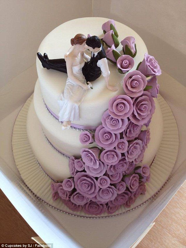 Cake And Flowers Beautiful Bride 119