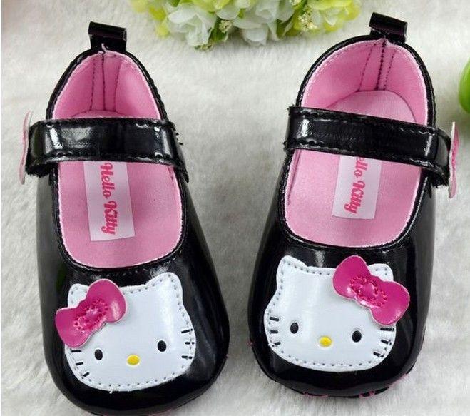 en kaliteli 30 çifti/toplu new 2013 sonrası ücretsiz kız bebek hello kitty ayakkabı ilk yürüyüşe ve yenidoğan, yumuşak taban ve siyah pu sapatos(China (Mainland))