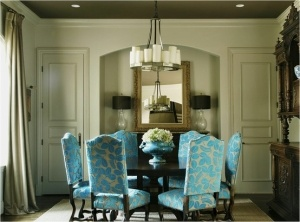 love the chairs: Dining Rooms Chairs, Chairs Fabrics, Dining Chairs, Interiors Design, Neutral Rooms, Blue Chairs, Dining Rooms Tables, Round Tables, Dining Tables