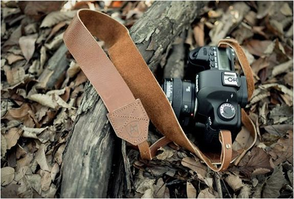 VINTAGE LEATHER CAMERA STRAPS | BY A7