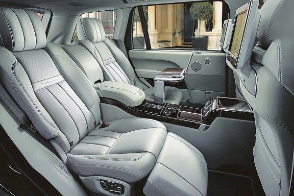 2016 Land Rover Range Rover Sport HST Interior