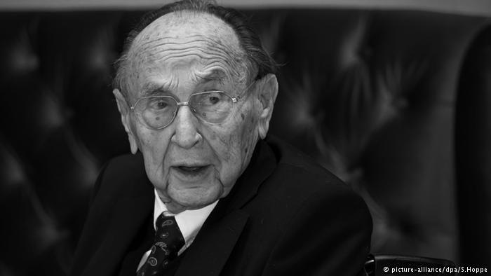 """Morre ex-ministro Hans-Dietrich Genscher, """"arquiteto da Reunificação alemã"""""""