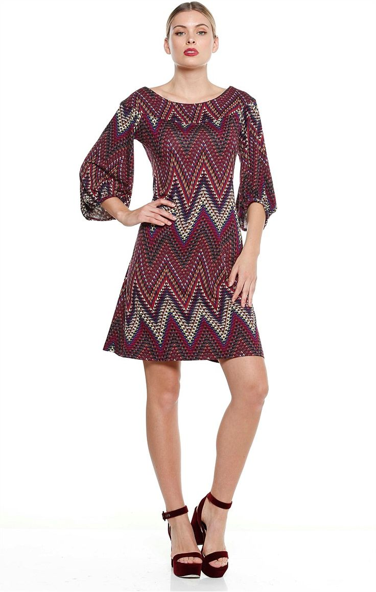 ANNETTA BELL SLEEVE JERSEY SHIFT DRESS IN PURPLE ZIG ZAG PRINT