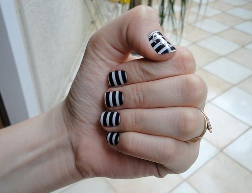 nautical nails | P O L I S H E D & P R E T T Y | Pinterest