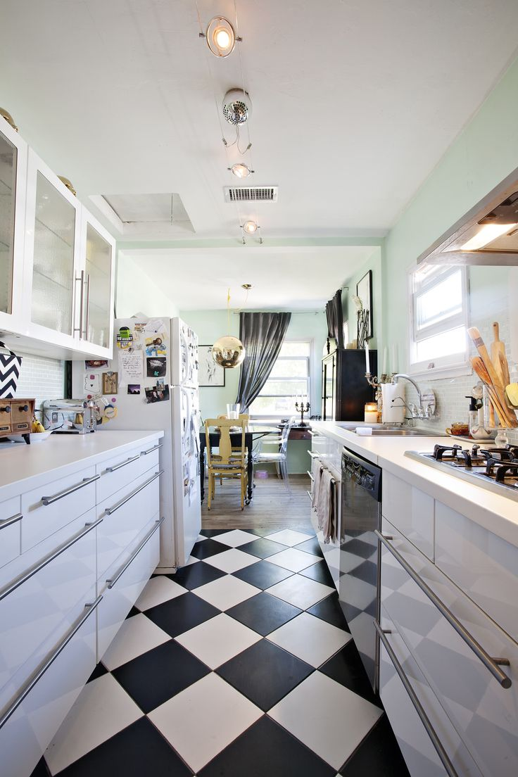 15 best Compact Modern Kitchens images on Pinterest | Contemporary ...