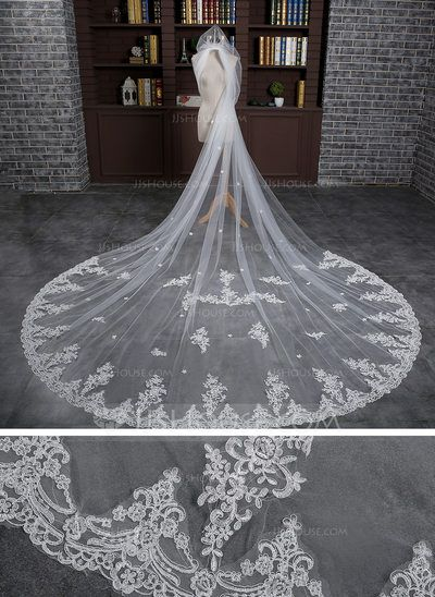 [US$ 61.99] Two-tier Lace Applique Edge Cathedral Bridal Veils With Applique/Lace (006105270)