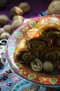 Фото к рецепту: Ореховые трубочки по-египетски