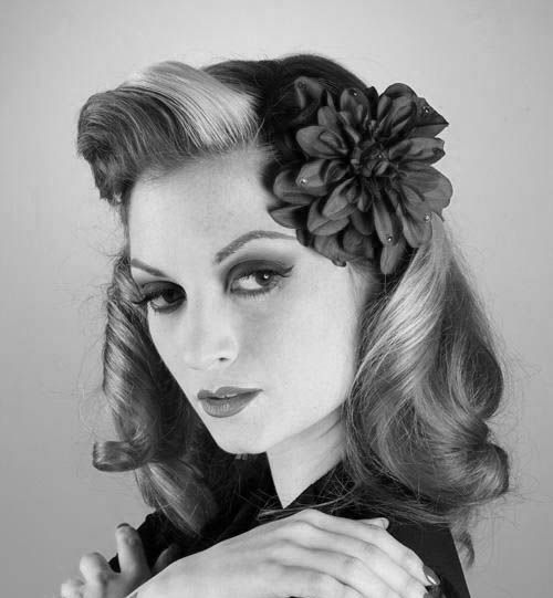 how to style 1940s hair 1940s hairstyles 1940s hairstyles 1940s hairstyles for 6901 | 56cc419540f58b76a3d2e115eb1345d8