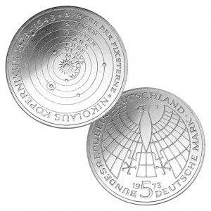 BRD 5 DM 1973 500. Geburtstag Nikolaus Kopernikus, 625er Silber, 11,2g, Ø 29mm, Prägestätte J (Hamburg), Jaeger-Nr. 410, Auflage: 7.750.000 (PP: 250.000)
