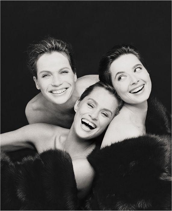 Veruschka, Lauren Hutton and Isabella Rossellini, New York City, 1988.  Le foto iconiche di Steven Meisel - Style - Il Magazine Moda Uomo del Corriere della Sera