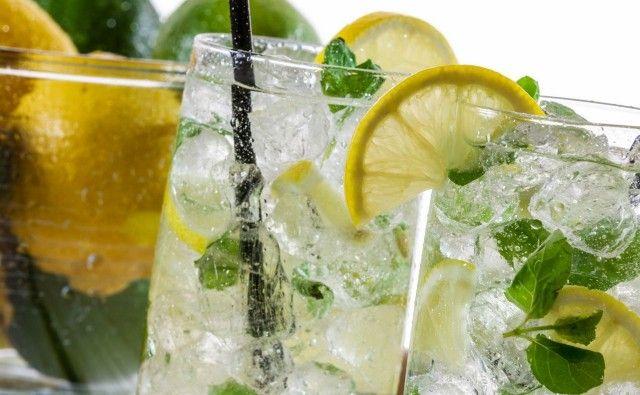 Лучшие прохладительные напитки в жару 0