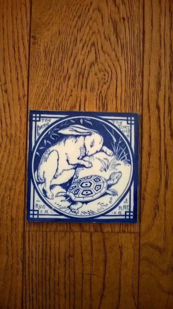 Minton s Aesops Fables 6  tile The Hare and the Tortoise