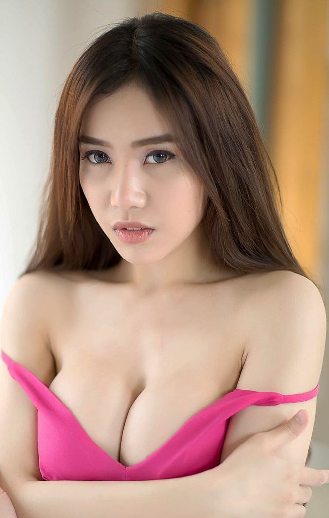 asian girls in bra