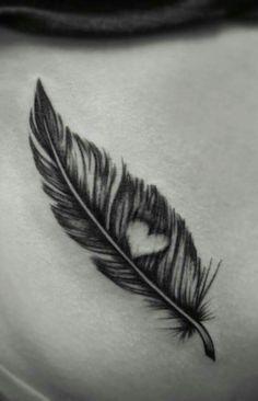 Resultado de imagen para pluma tattoo